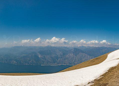 Blick von Monte Baldo nach Malcésine und Limone sul Garda