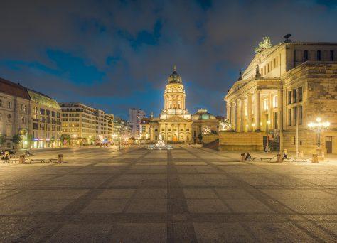 Gendarmenmarkt zur blauen Stunde, Deutscher Dom, Berlin
