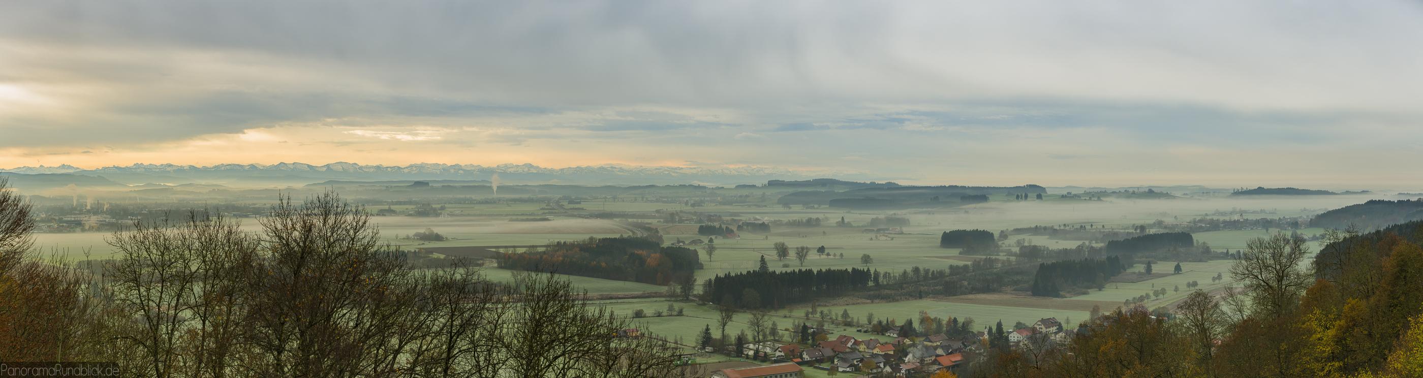 Blick ins Allgäu, Leutkirch-Herbrazhofen-Reichenhofen und die Allgäuer Alpen